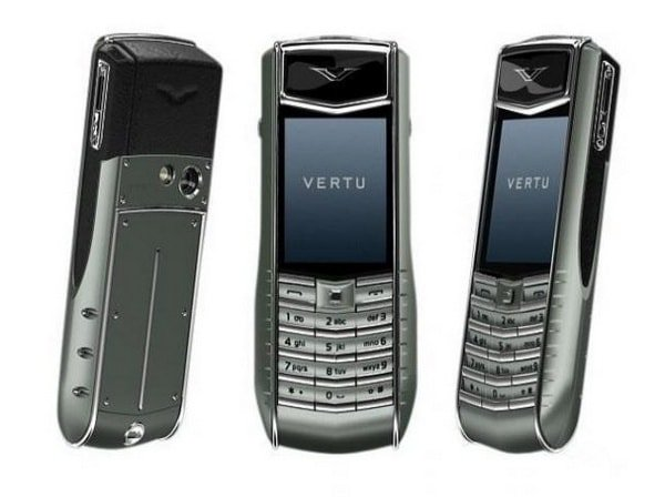 Телефон Vertu Ascent